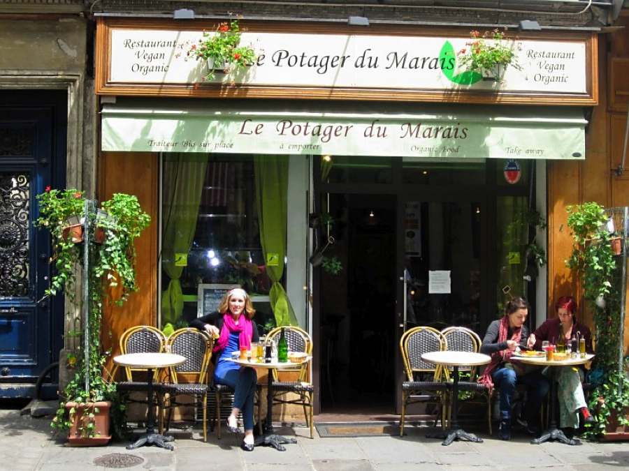Enjoying people watching and plant-based cuisine on the streets of Paris!