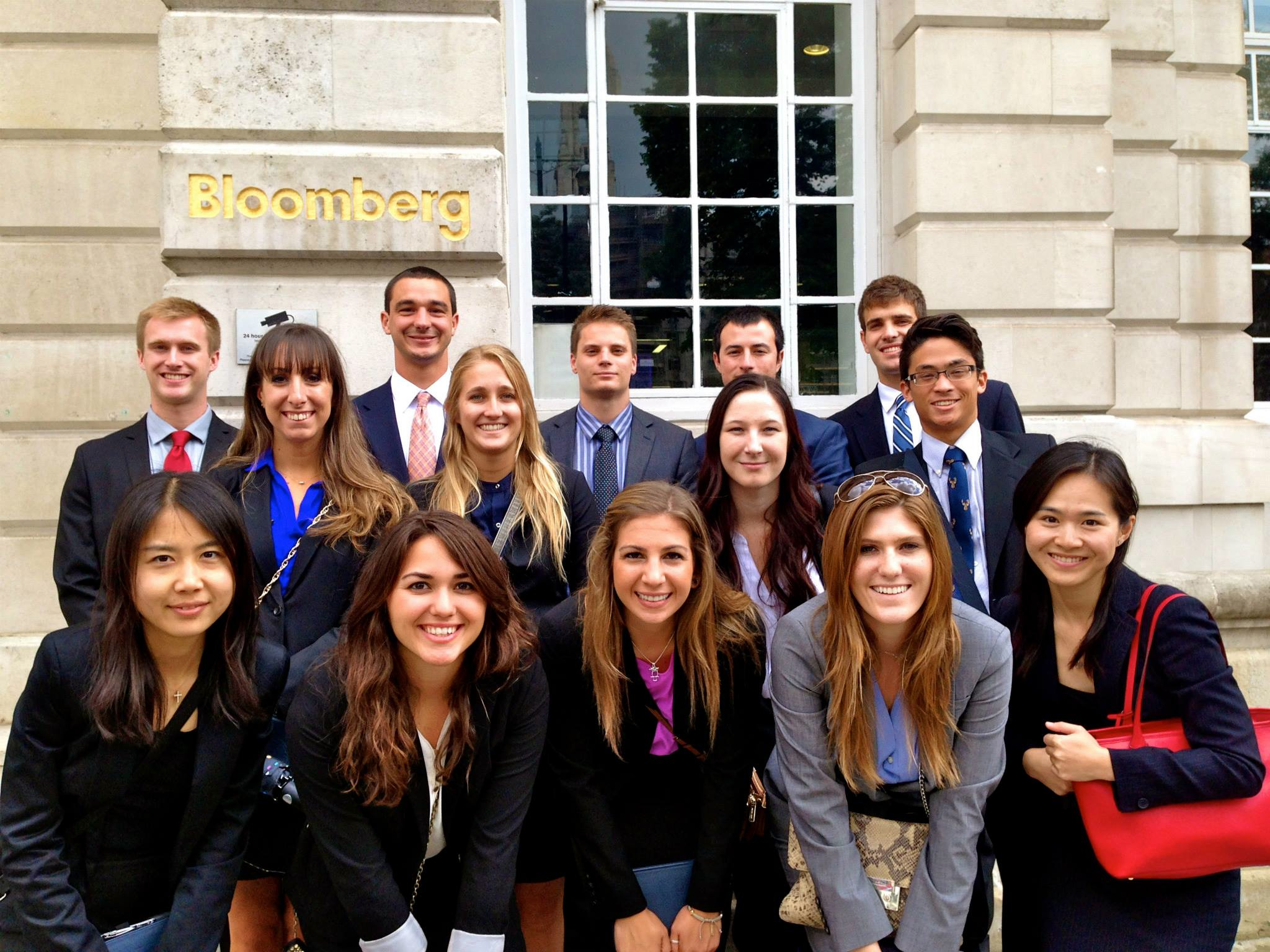Accounting students visit Bloomberg in London.