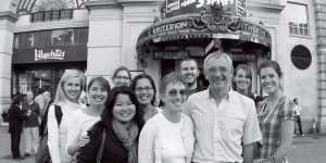 USD professors David Hay and Cynthia Cayhood flanked by students on a study-abroad trip to London.
