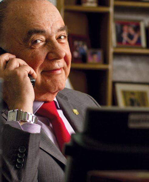 Carlos Bustamante '69