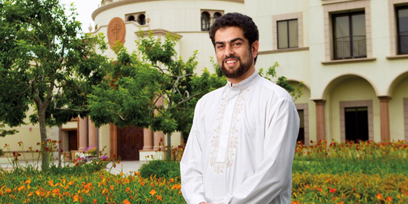 Alumnus Ghulam Ishaq Hassan '10