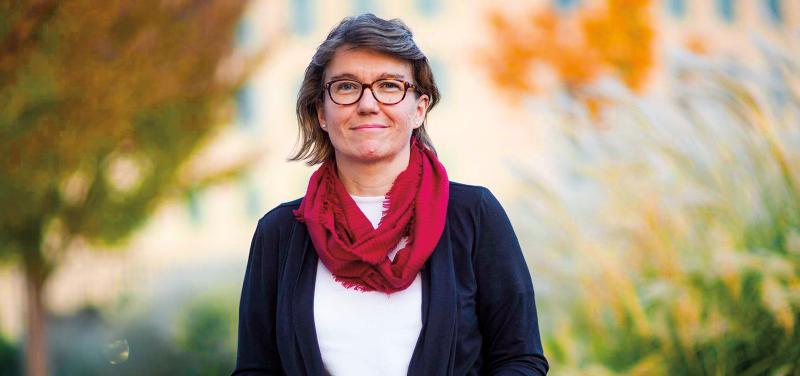 Author Donna Starr-Deelen