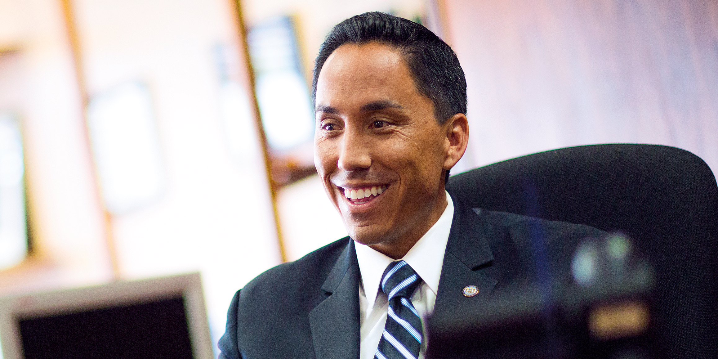 Interim Mayor Todd Gloria '00