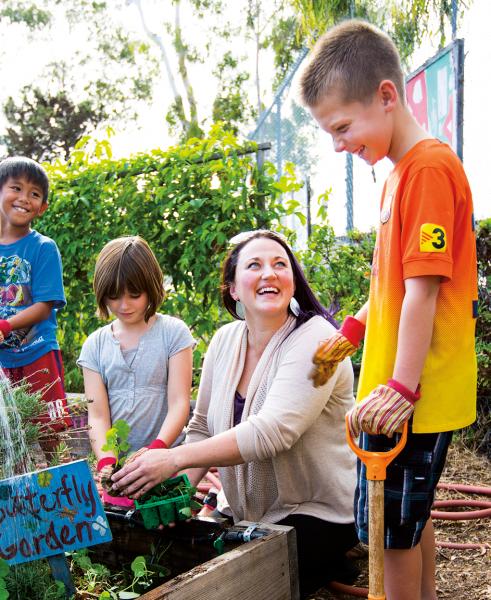 USD alumna Wendy Ranck-Buhr with children