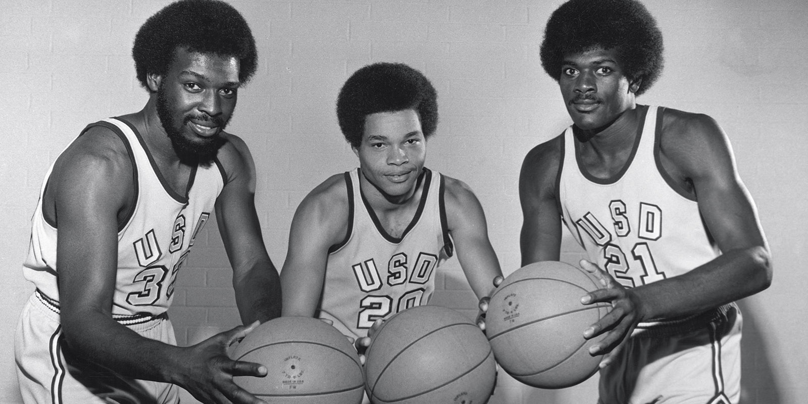 basketball players from bygone years