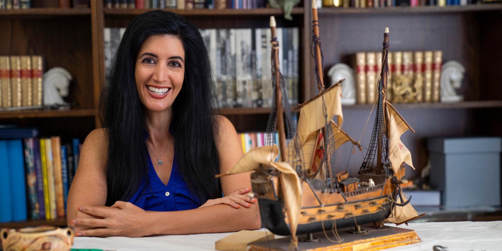 Portrait of USD alumna Melanie Dellas '13 (MA)